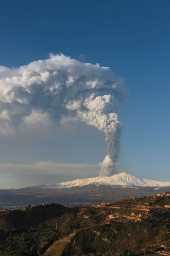Sky Environment Mountain Smoke - Physical Structure Volcano Scenics - Nature Landscape Beauty In Nature Non-urban Scene Erupting Geology Cloud - Sky Land Active Volcano Day Power No People Nature Power In Nature Tranquil Scene Emitting Outdoors Pollution Volcanic Crater Air Pollution