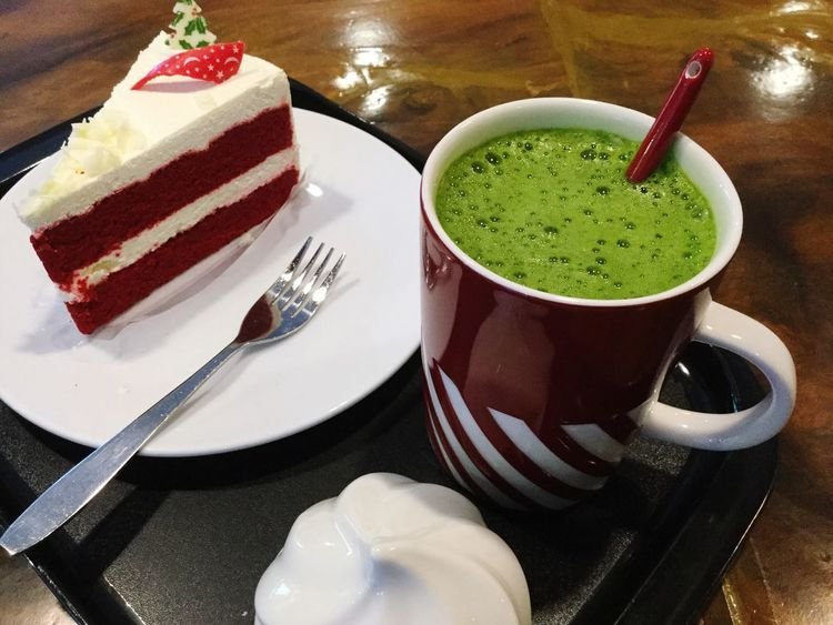 Mug Green Tea Latte Cakes Coffee And Sweets Live To Eat Hungry Holiday Season Food