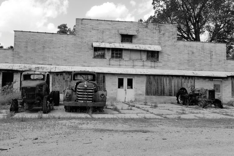 Tractor Old Tractor Abused Abandoned Forgotten Neglected Abandoned & Derelict Derelict Left Behind Old Building  Old Black & White Black And White Blackandwhite Derelict & Abandoned Rundown Old Ruin Old Cars Old Truck Taking Photos Overgrown