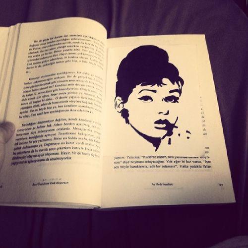Kitap Ayracimi Yaptim Audrey hepburnhappybirthday4mayislove