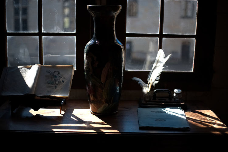 Canon Close-up Day Desk Indoors  Nib No People Office Plume Shadows & Lights Table Window Writing Long Goodbye