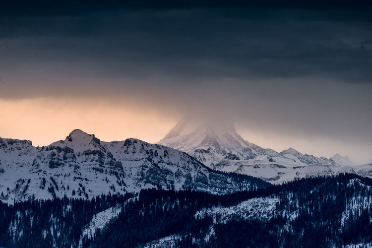 Beauty In Nature Cold Temperature Day Landscape Mountain Mountain Range Nature No People Outdoors Scenics Sky Snow Snowcapped Mountain Sunset Tranquil Scene Tranquility Weather Winter