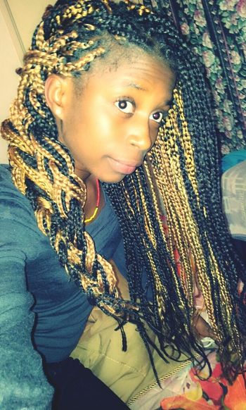 Boxbraids Black And Gold.