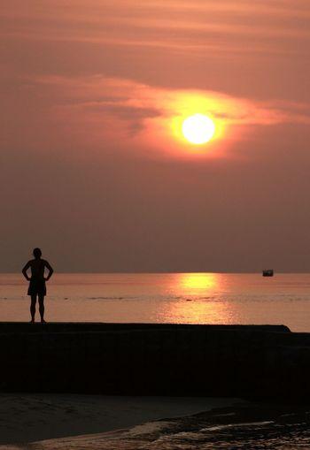 Maldives Sunset Silhouettes Silhouette Sunset Sunrise Sea Sea View Beach