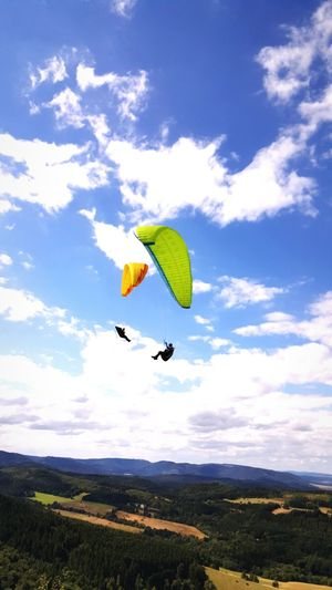 Segelfliegen Segelflieger Fly Flying Fly High Blue Sky Sky And Clouds Glider Gliding Blauer Himmel Wolken Wolkenhimmel Sun Is Shining Sun Sunshine Sonne Sonnig Harz Harzreise EyeEm Best Shots EyeEmBestPics Enjoying Life Check This Out Hanging Out Relaxing