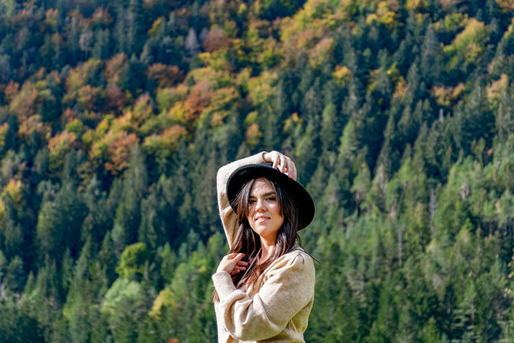 Portrait of a young woman, autumn, fall, nature, outdoors.