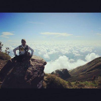 Merbabu awal Mountain Adventures INDONESIA