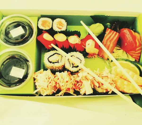 Sushi Time Food And Drink 🍣🍣🍣🍱🍱🍱🍴💃💃💃💃 🍣sushi ✌👍👌 😍😍❤️❤️👑💎💋❤️ 😊😊be Happy Princessa👑