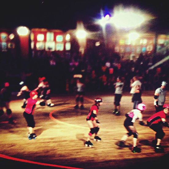 What a fun night love watching Rollerderby