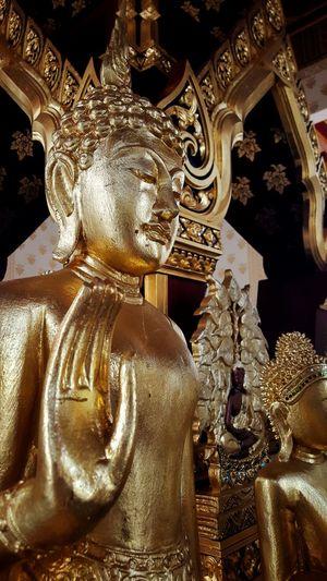 Idol Golden
