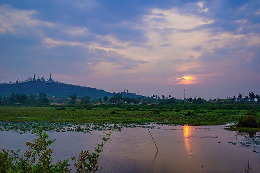 Sunset view with Oudong mountain and it's pinnacles' in view. Sony a7 experience @ Wat Oudong. Sony A7s Sonyalpha Sonyimages SonyA7s Sonycamera Sonyphotography Theappwhisperer Adventurevisuals GoodRadShot Fhotoroom PicHitMe EyeEm EyeEm_O MenchFeature Photography Pixelpanda Visitorg Aop_Lab Yourworldgallery SeeOurWorldNow Runningtheworld Natgeo Natgeotravel Natgeoyourshot Cambodia PhnomPenh @fhotoroom_ @pichitme @goodradshot @street_hunters @pixel_panda_ @eyeem_o @photocrowd @photoadvices @worldphotoorg