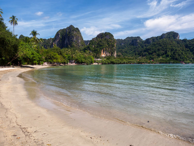 East Railay beach Beach Cliff Forest Nature Outdoors Paradise Railay Railay Beach Sand Scenics Sea Sky Thailand Tranquil Scene Tranquility Travel Travel Destinations Tropical