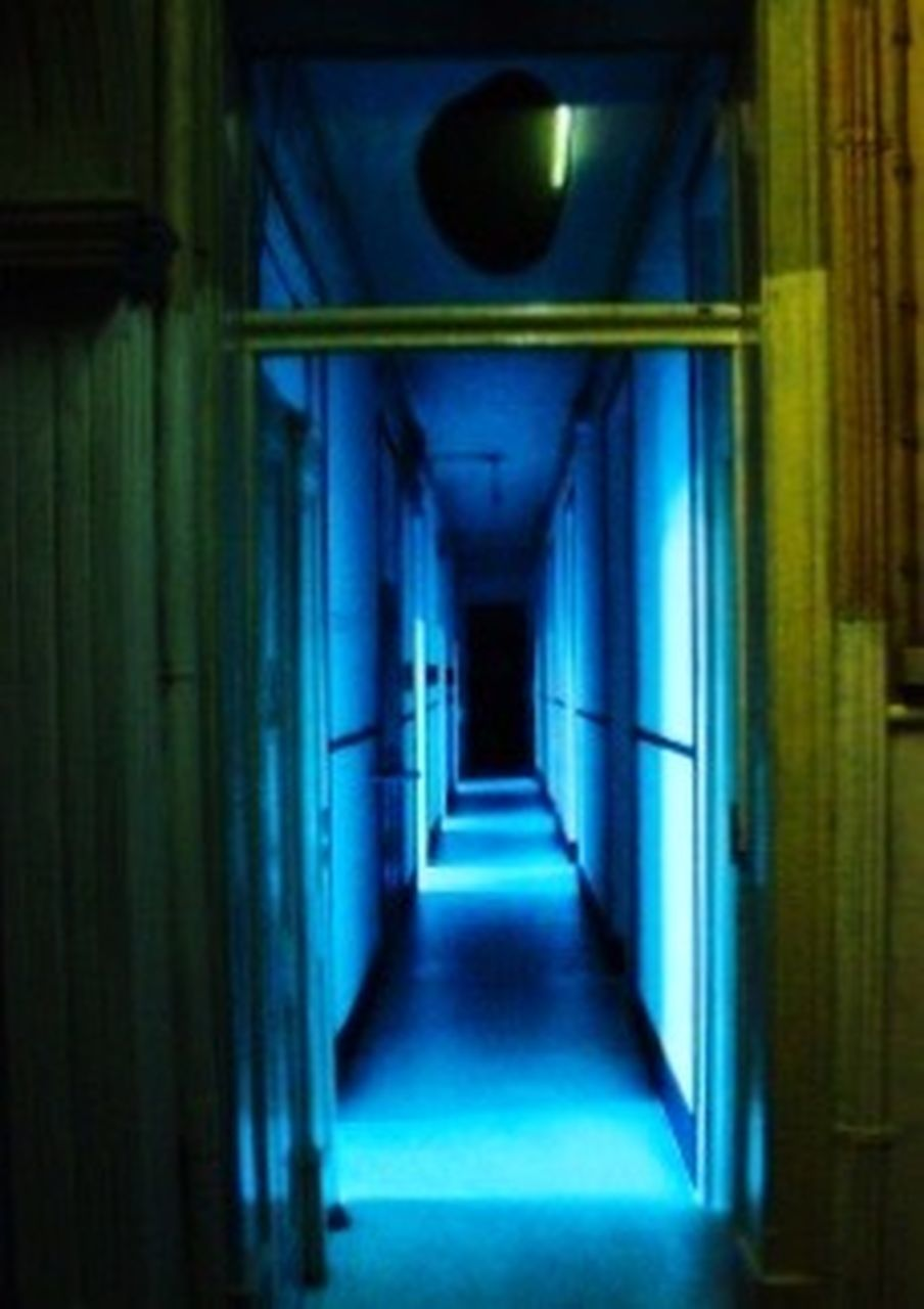 corridor, door, indoors, diminishing perspective, the way forward, spooky, architecture, no people, day