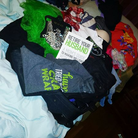 I'm not sure if all is going to fit on my suite case....but I'm so exited packing and getting crazy, undeciding my clothes! Crazy Body Wraps Fatfighters Fit4success45.myitworks.com Looseweight Itworksadventure Thermofit Hairskinnails Detox Dream Never Stop Dreaming