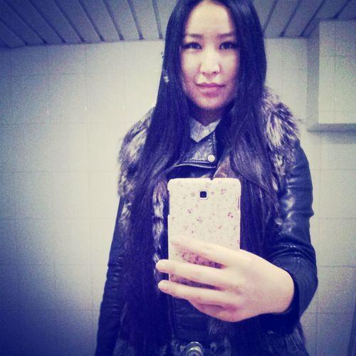 как перед зеркалом не сфотографироваться?))