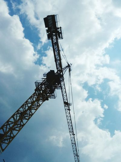 Technology Tower Cranes Construction Machinery Construction Equipment Low Angle View Cloud - Sky