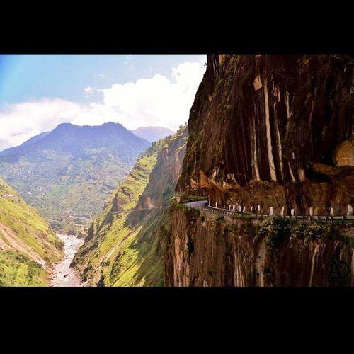 Hindustan Tibet road @ kinnaur Hindustan Tibet Road Kinnaur Cliffroad Indianhimalayas Himachal Himalaya HP River Satluj Mountain Clickfrombus Nikon D610 Tamaron Dangerousroads Ankitdogra