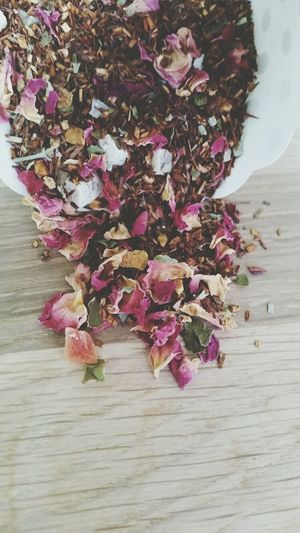 Rooibos with blackberry and guava. Tea Lover Tea Looseleaf Teaoftheday