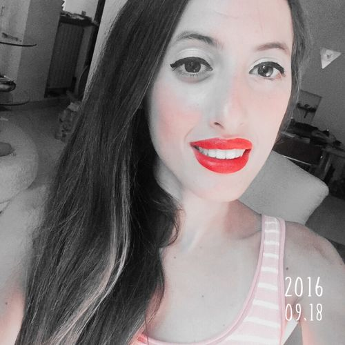Selfie ✌ Smile ✌ That's Me! Hairstyle Face Eyes Girls Hair Today's Hot Look Taking Photos Cool Smile That's Me Photo Girl Eye Enjoying Life Smiling Kiss Lips Photos Like Selfies Photography IPhoneography
