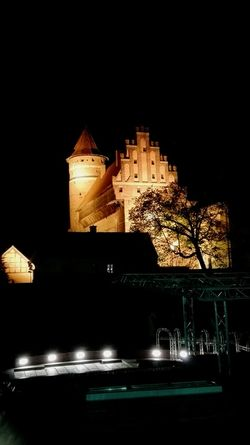 My Castle ♥ Night Photography Taking Photos Night City Lights Positive Energy  Pozitive✌ Happy Time 😛 😁 💎 ✌ Chilling ✌ Olsztyn Building And Sky Night View