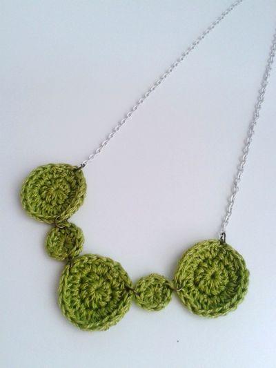 Collar Accesorios DIY Ganchillo Handmade Crocheting Is My Hobby Creativity Crochetlove Crochet Crocheting Green Color Indoors  No People Close-up Day