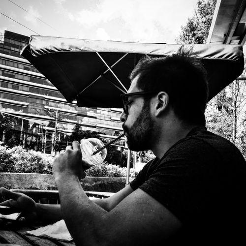 A delicious coffee ☕ Beardstyle Blackstyle Blackphotography Blancoynegro Blackandwhite Guatemala Hispanic Beardlife Beardmen Beardman