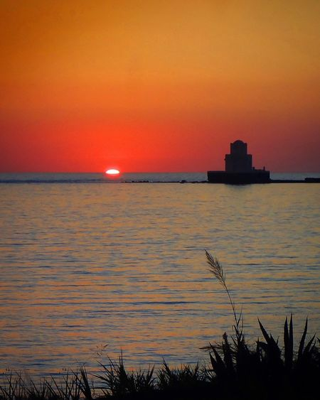 Orangesky Methoni Sundive Bloodysunset Sunset Orange Color Horizon Over Water Idyllic Romantic Sky