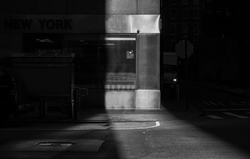 New York streets, sunlight and shadows bnw Architecture No People City Built Structure Road Communication New York Down Town Daytime Black And White Streetphotography Shadows & Lights Shadows Building NYC Bnw Bnw_collection 17.62°