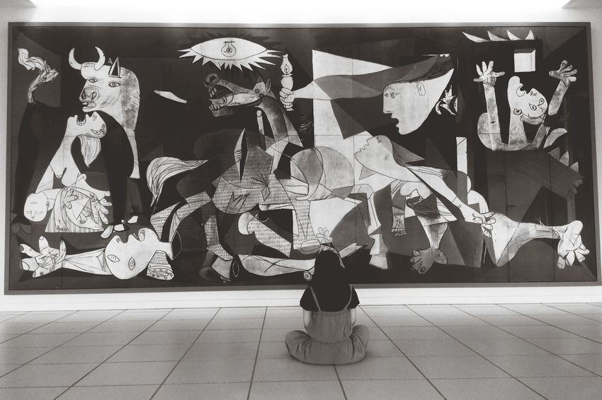 Guernica Tokushima_Japan Art there are a lot of artworks transferprinted from photographs in Otsuka museum of art. we can take a photo and touch them.