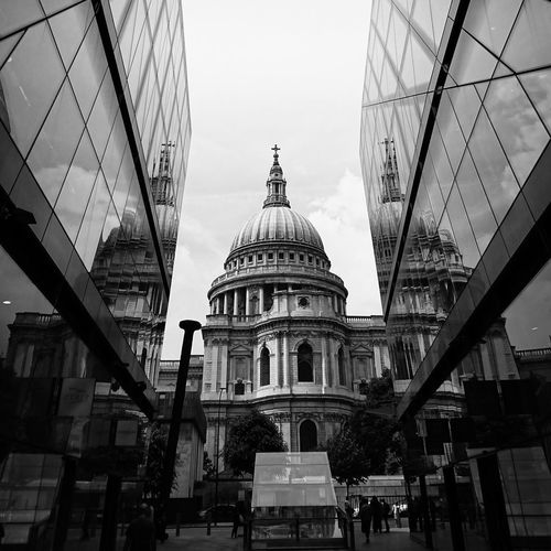 Reflector Blackandwhite St Paul's Cathedral London Streetphotography Politics And Government Government Politics Architectural Column Façade Construction Site Sky Spire