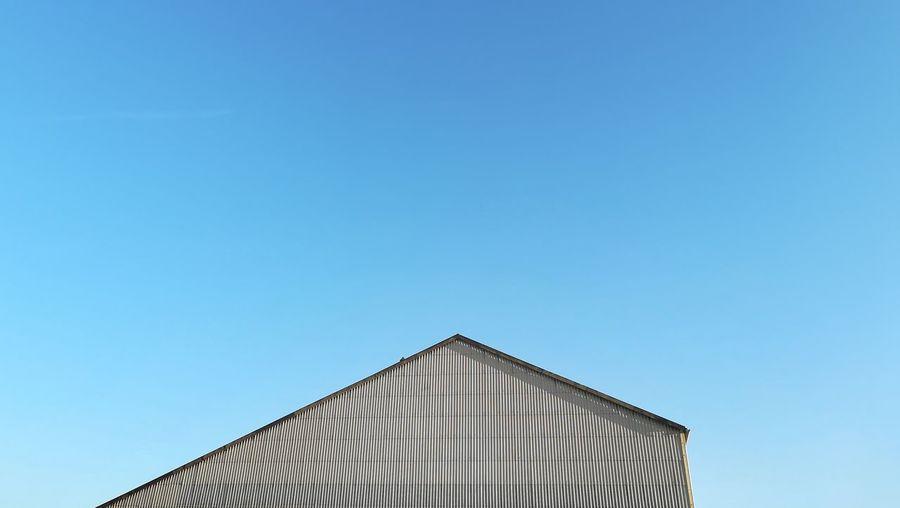 Minimalism Minimalobsession Minimal Minimalistic Minimalist Photography  Clear Sky Blue Architecture Building Exterior Built Structure