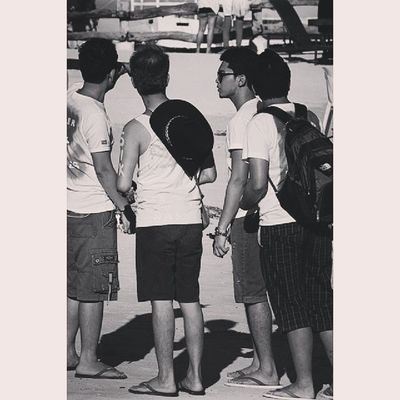 Ted: where can I find my bibi boy? Ian,sam and ronn: over there nalibang.. Ted:pwes! May mafifisbok.lol Cvgparty