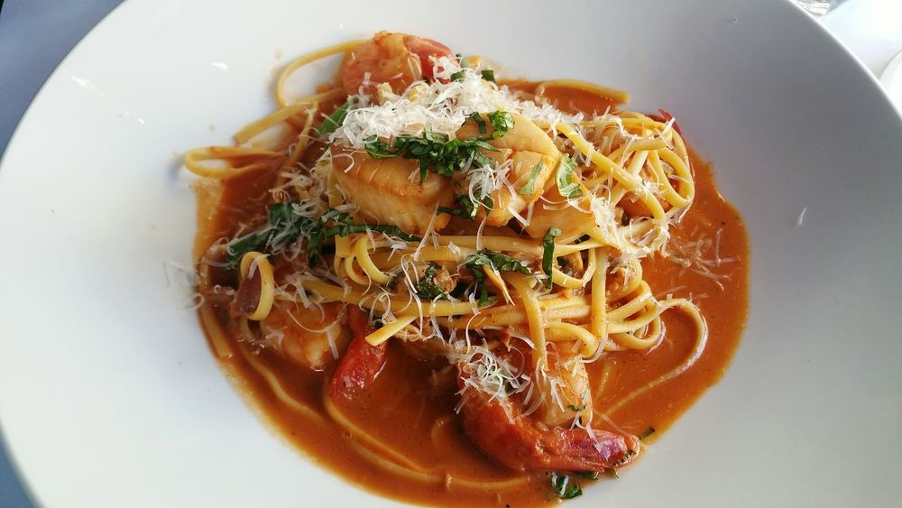 Seafood Pasta Spagetti Pasta Italian Food Dish Of The Day Meal Dine Lunch Dinner Tomato Sauce Shrimp Scallop Seafood Pasta Restaurant Yammy  Italian Restaurant Tomato Pasta Brunch Foodie