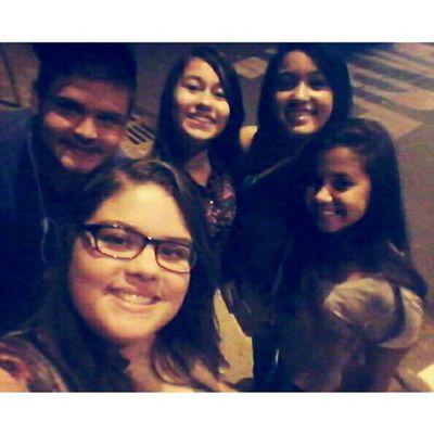 Tarde maravilhosa com vcs ?♥ Cineminha Nadaemtroca Happy Friends umafotoumsorriso tags