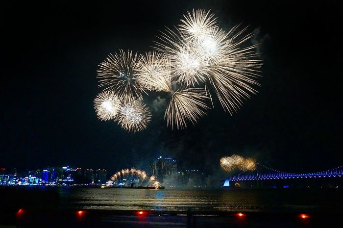 Night Firework Display Celebration Arts Culture And Entertainment Illuminated Firework - Man Made Object Exploding Event Long Exposure Low Angle View No People Sky Outdoors Water Travel Destinations Cityscape City 광안리 광안대교 부산 Sea Busan,Korea 광안리불꽃축제 City Architecture