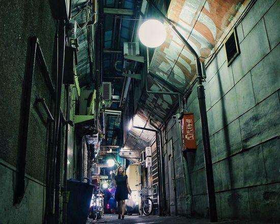 Alley Night Lights Nightphotography Night Photography Streetphotography Street Photography Light And Shadow EyeEm Best Shots Eye4photography