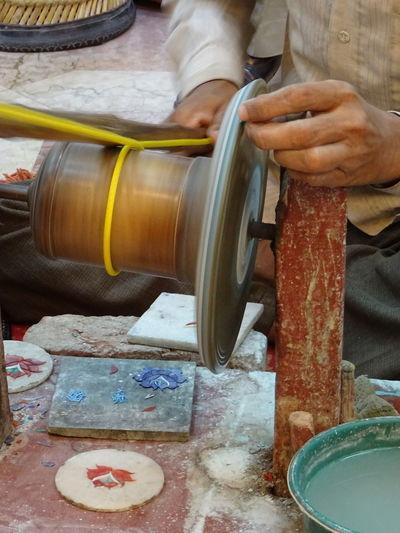 Grinding Agra -