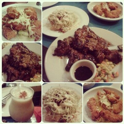 Dinner time @mooncafe Busog