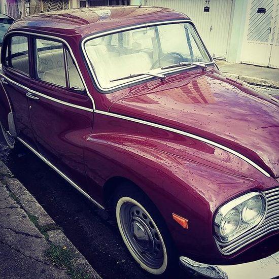 Isso é classe pelas ruas da cidade. This is class through the city streets. Oldcars Vintage Classic HotRod Cars Style Lifestyle