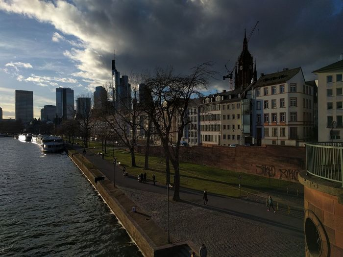 Frankfurt Downtown view from the Old Bridge. Riverbank Golden Hour City Cityscape Sky Architecture Building Exterior Cloud - Sky Urban Skyline Financial District  Office Building Downtown District Office Building Exterior Skyscraper Tall - High