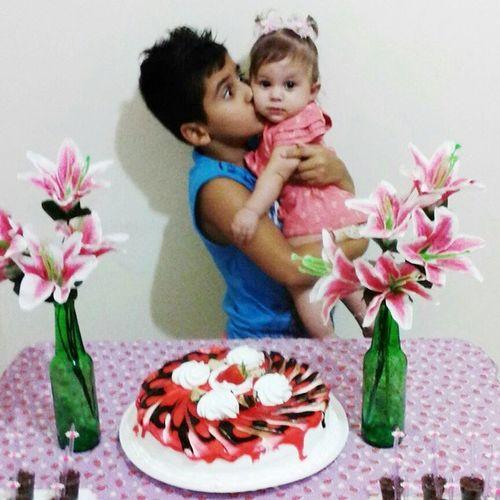 Ainda bem que eu tenho vcs na minha vida , meus bebês ... Mas hj foi dia da minha princesinha Mariana 5meses Fofadamamae 👑🎂👏💟👌😘