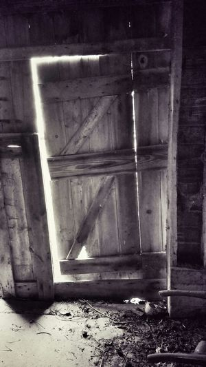 Closed Door Abandoned Places Abandoned Buildings Abandoned Barn Forgotten Places  Trespassing For Art