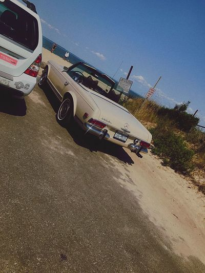 Found this classic car! Easthamptons Beachphotography Gardinersbay