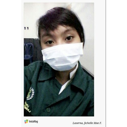Earlier... (OrhmgChemLab) It looks i'm sick even though I'm not ?? Orgchemlab Solubilitytest Soluble Insoluble miscible immiscible green lycean InstaMagAndroid insta Hashtags