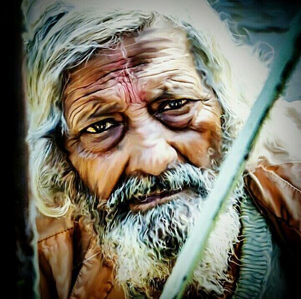 Shotbyaneesh Nikon Photography India Vrindavan, India Baba Oldman Poor  Hungry Adobe Photoshop Painting Art Heritage Photooftheday Creative Dodge Eyes EyeEm EyeEm Best Shots Sharp UttarPradesh Mathura Glow Fresh Life Streetphotography