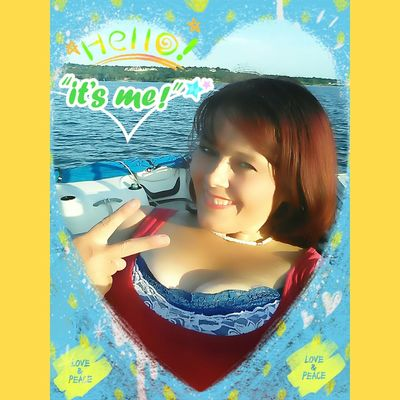 Hello World That's Me Lake Life Relaxing Boating Hanging Out Beautiful Woman Open Edit StaySexyOver40 Beautiful Girl Self Portrait Color Portrait Green Eyes Positive People FollowMeOnInstagram Snapchat Chesmah13 Don't Worry Be Happy Beautiful Faces Of EyeEm I Choosehappiness My Smile Is My Happiness. ♡ Positive Attitudes Are Attractive Happy People Follow_me
