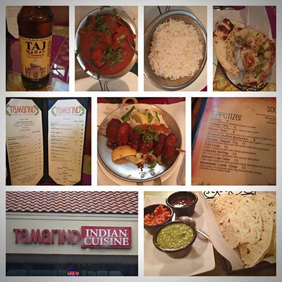 Pappadam, Tandoori stuffed mushrooms, Chicken Tikka Masala, Garlic naan Foodporn Indiancuisine