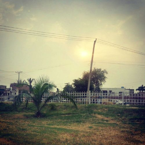 A blasted rain with cold wind in hot summer season is a blessing. Pakistanithings Pakistani Pakistan Discoveringpakistan Wheninpakistan 12amphotos Sunset Coldwind RainyDay RainyDay Bestphoto Picoftheday Gardentown Lahorecity Pakistan