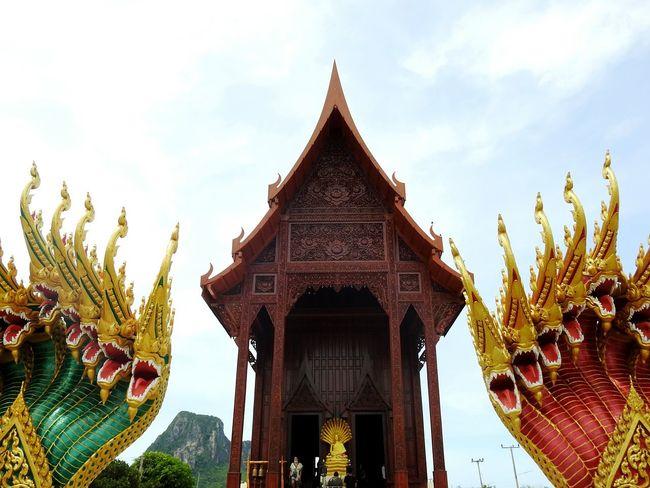 Buddha Tample Religion Cobra Ao Noi Real Thailand PrachuapKhiriKhan Prachuap Khiri Khan Let's Go. Together. EyeEmNewHere EyeEm Selects Thailand Mountain The Gulf Of Siam Thai Bay