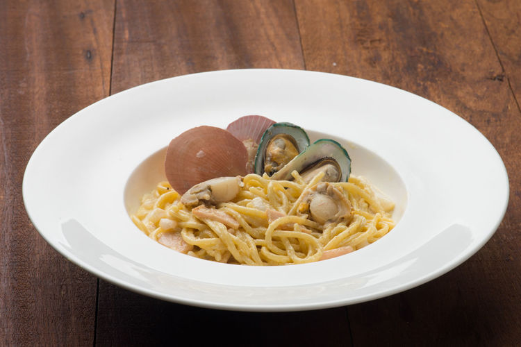 Seafood Clams Close-up Food Food And Drink Freshness Healthy Eating Indoors  Italian Food Mussels No People Pasta Plate Ready-to-eat Spaghetti Table Wellbeing